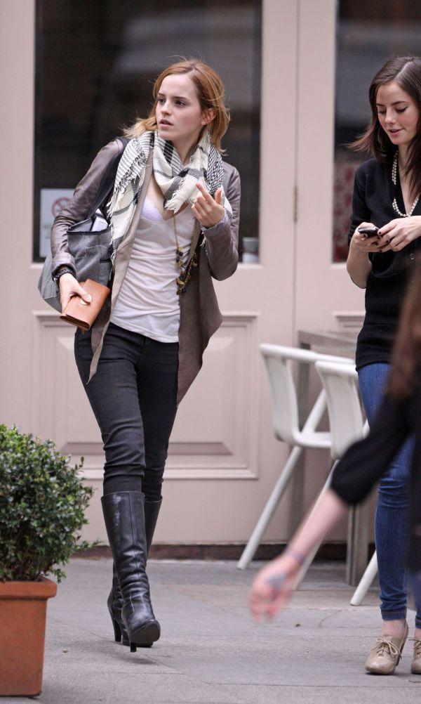 Emma Watson (7 pics)