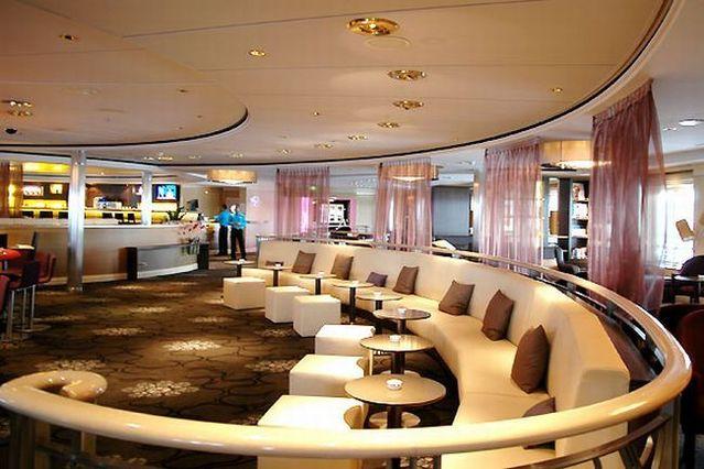 The presentation of the cruise ship Mein Schiff (28 pics)