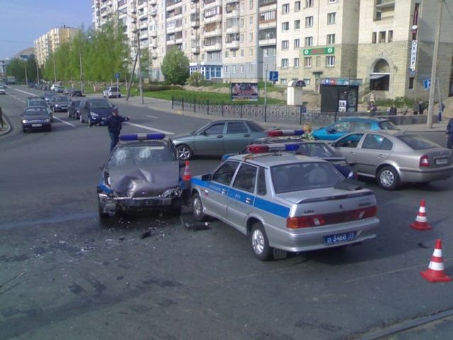 A huge road accident (7 photos)