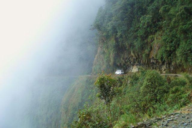 Death Road (43 pics)