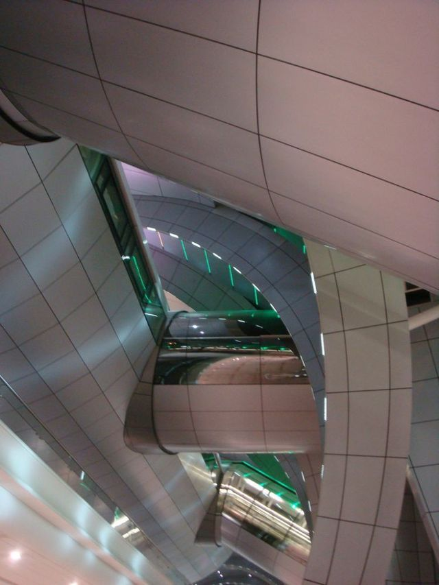Dubai International Airport (31 pics)