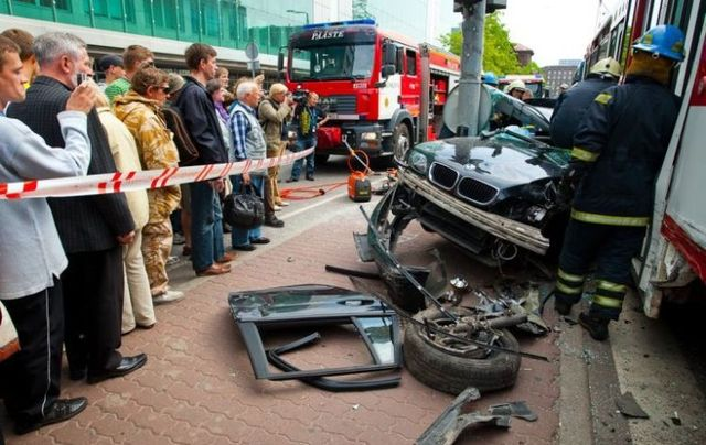 The accident in Tallinn (24 photos)
