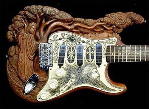 20 most ridiculous guitars ever (20 pics)
