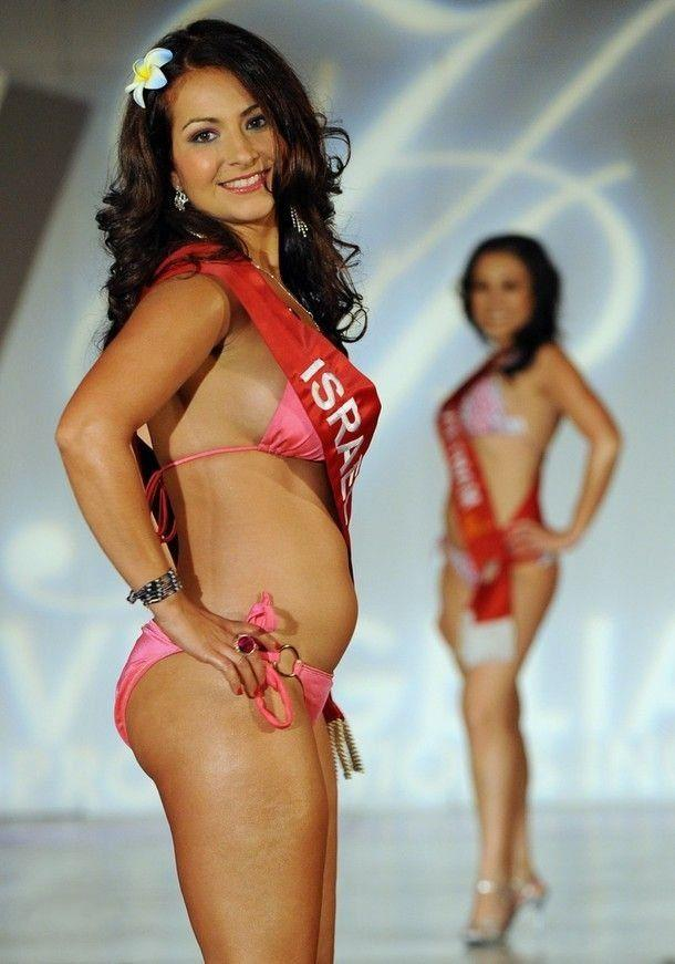 Miss Asia USA Pageant (11 photos)