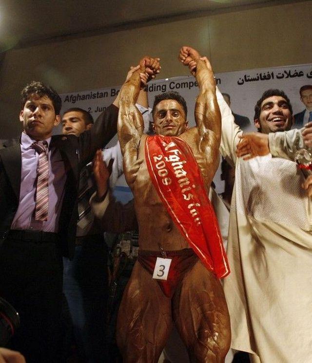 Afghan bodybuilders (14 pics)