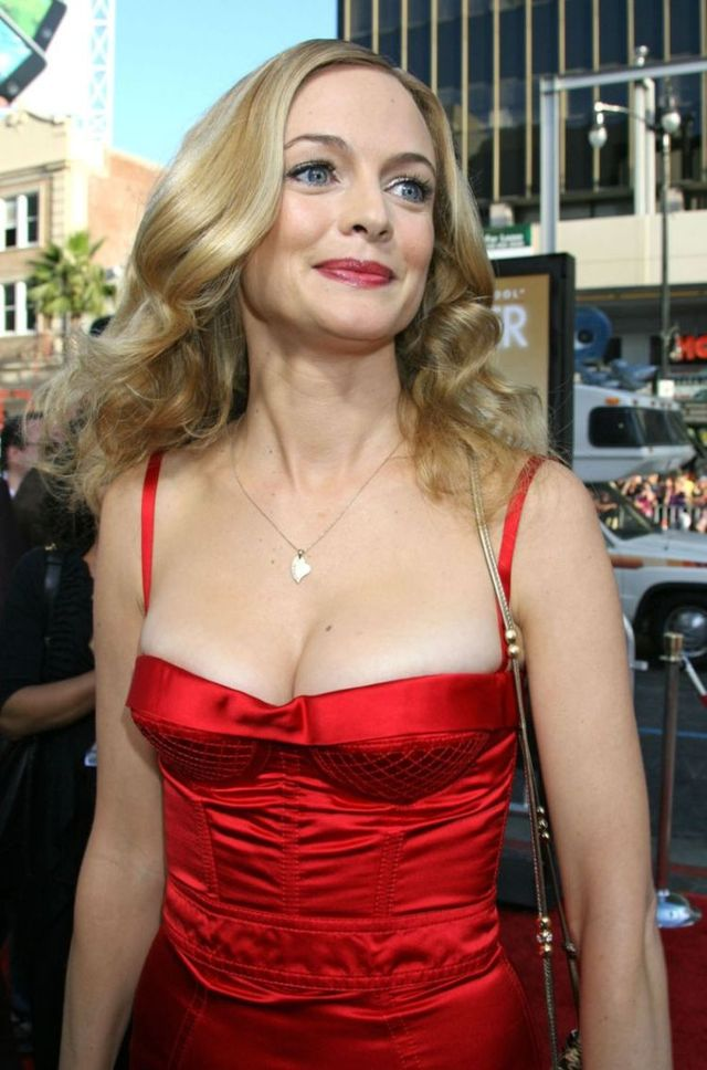 Heather Graham (6 pics)