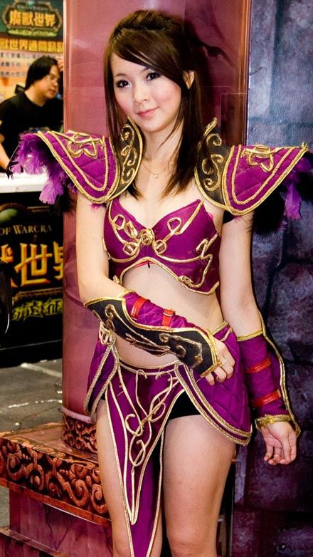 World of Warcraft and girls! (15 pics)