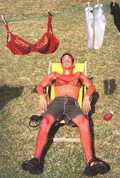 The way you shouldn't tan (26 pics)