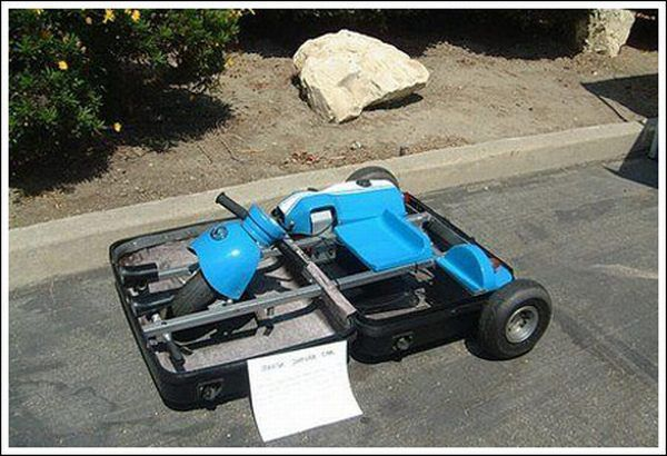 A kart that folds into a suitcase (14 pics)