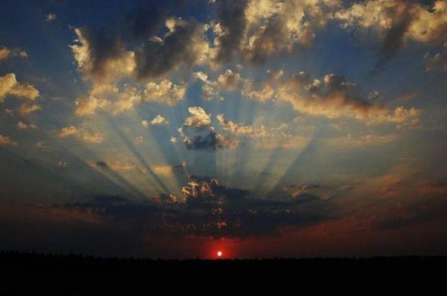 Sunrises in all their splendor (40 photos)