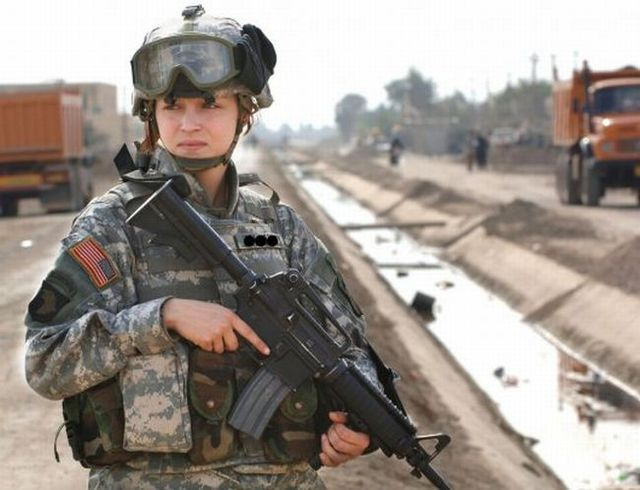 Beautiful half of the U.S. Army (38 pics)
