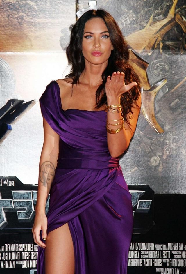 Megan Fox at the Japanese Transformers 2 Premiere (17 pics ...
