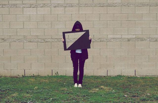 Transparent girl (7 pics)