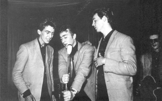 Unpublished photos of the Beatles when they were young (37 pics)