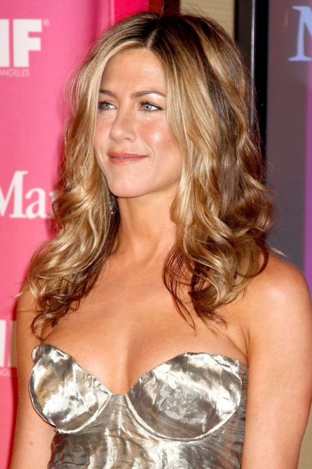 Jennifer Aniston (9 pics)