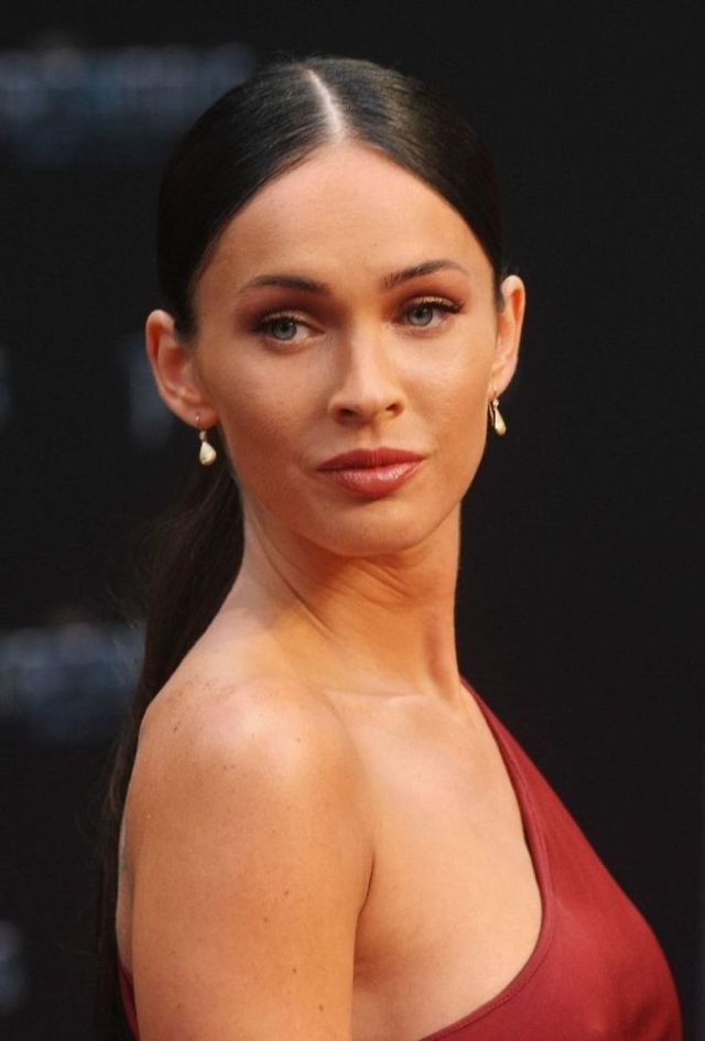 megan fox transformers 1 premiere. 10 Megan Fox at the Berlin