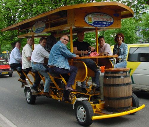 The bar-mobile in Amsterdam (8 pics)