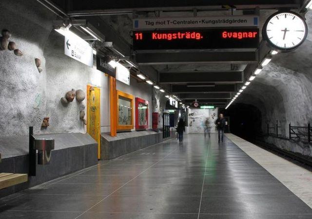 Stockholm subway (35 pics)