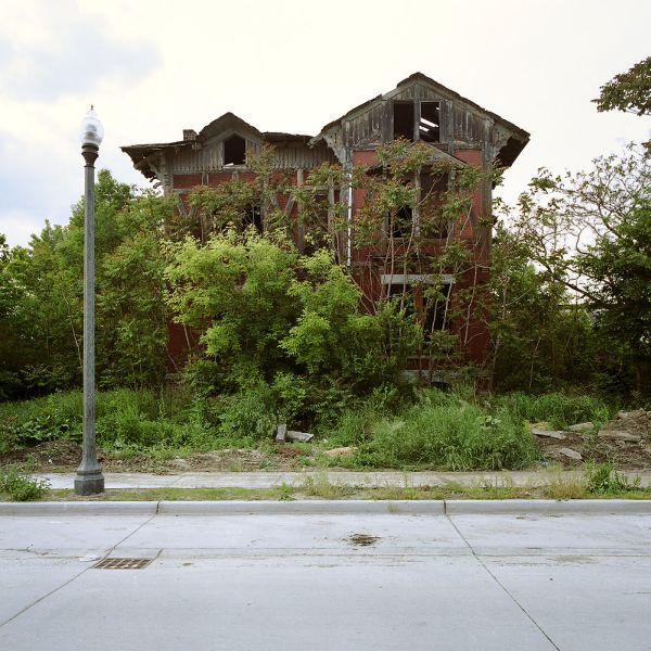 Beautiful Pictures Of Abandoned Places In Detroit (28 Pics