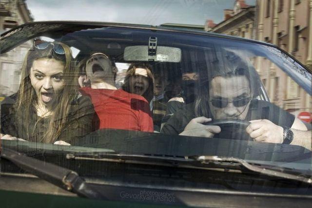 In Da Car (20 pics)