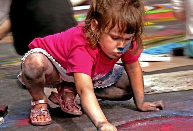 Dirty children (16 pics)
