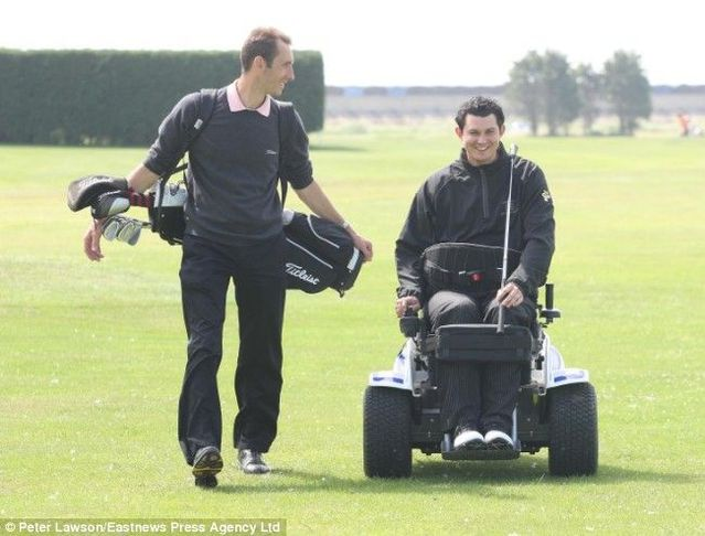 The £10,000 machine which allows paralysed golfer to keep on swinging (3 pics)