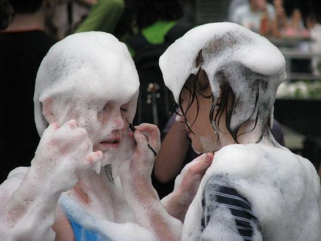 Foam party or how the Russian youth have a good time (39 photos)