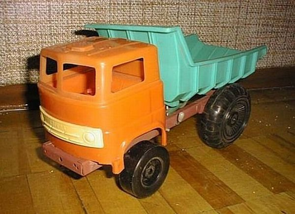 Toys of Soviet children (52 pics)