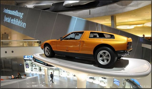 Automobile museums in Stuttgart (64 pics)