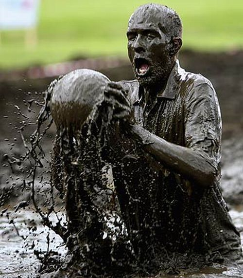 Swamp Football (36 pics)