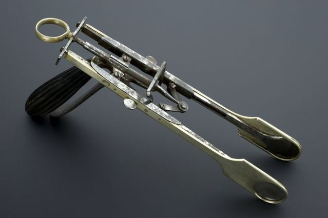 Creepy surgical tools from the past (20 pics + text)