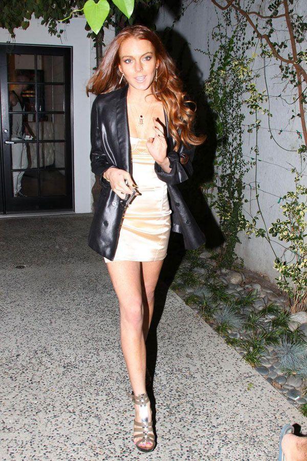 Lindsay Lohan (4 pics)