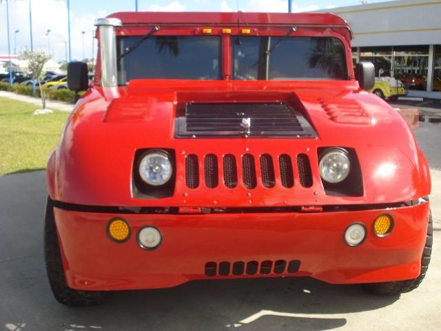 Customized 1999 Hummer H1 (19 pics)
