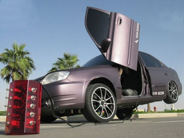Another crazy Arab tuning (15 pics)