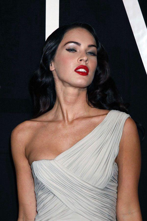Megan Fox (5 pics)