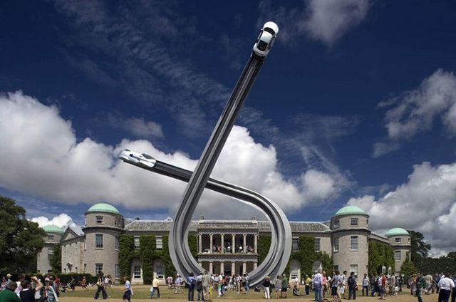 Incredible Audi sculpture marks the centenary of the car brand (10 pics)