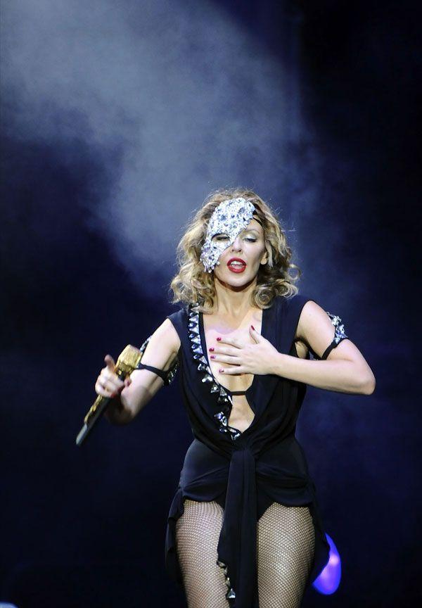 Kylie Minogue (6 pics)