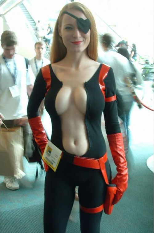 Who's better: cosplay guys or cosplay girls? (47 pics)