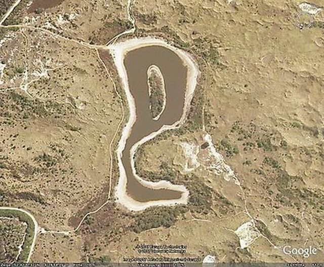 Unusual views in Google Maps (50 pics)