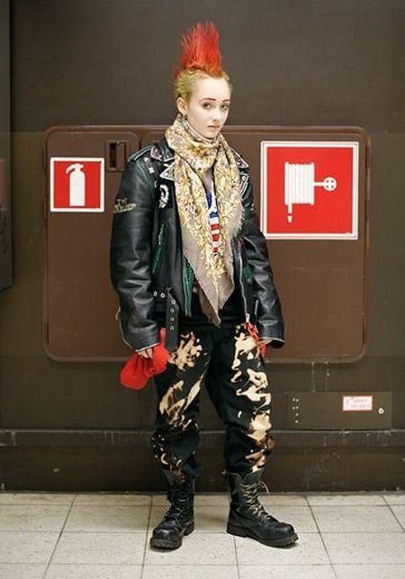 "Fashion ""victims"" (44 pics)"