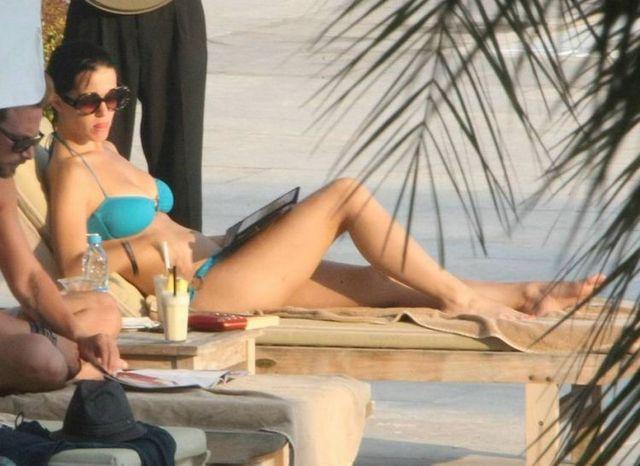 Katy Perry in bikini (6 pics)
