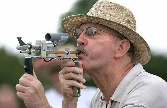 39th annual World Peashooting Championship - 2009 (11 pics)