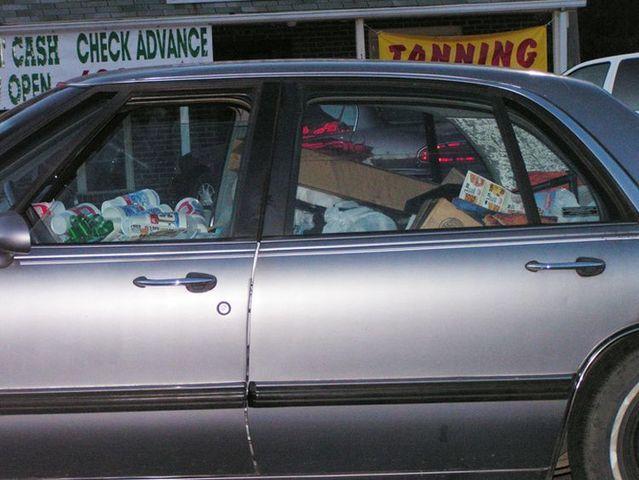 'Trash cars' (27 pics)