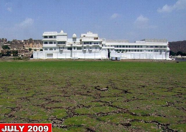 India's Lake Palace has become a 'Mud Palace'! (15 pics)