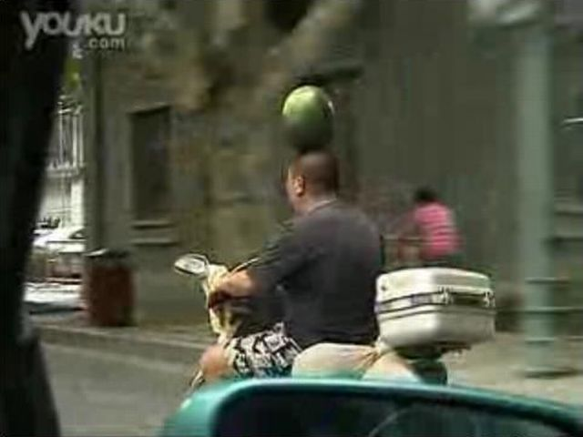 Master of balance (3 pics + 1 video)