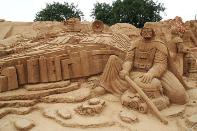 Amazing sand sculptures (22 pics)