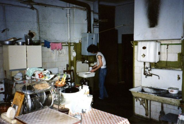 Communal apartments - the legacy of the Soviet past (19 pics)