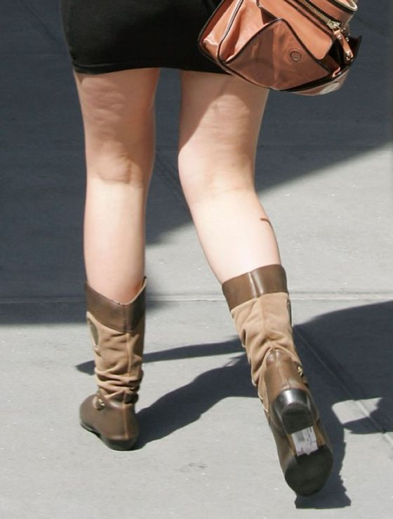 Mischa Barton playing games with her weight (10 pics)