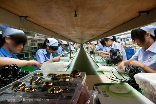 Chinese factories of electronic devices and components (41 pics)