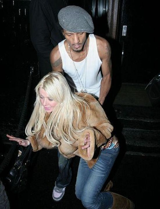 Drunk and famous (40 pics)